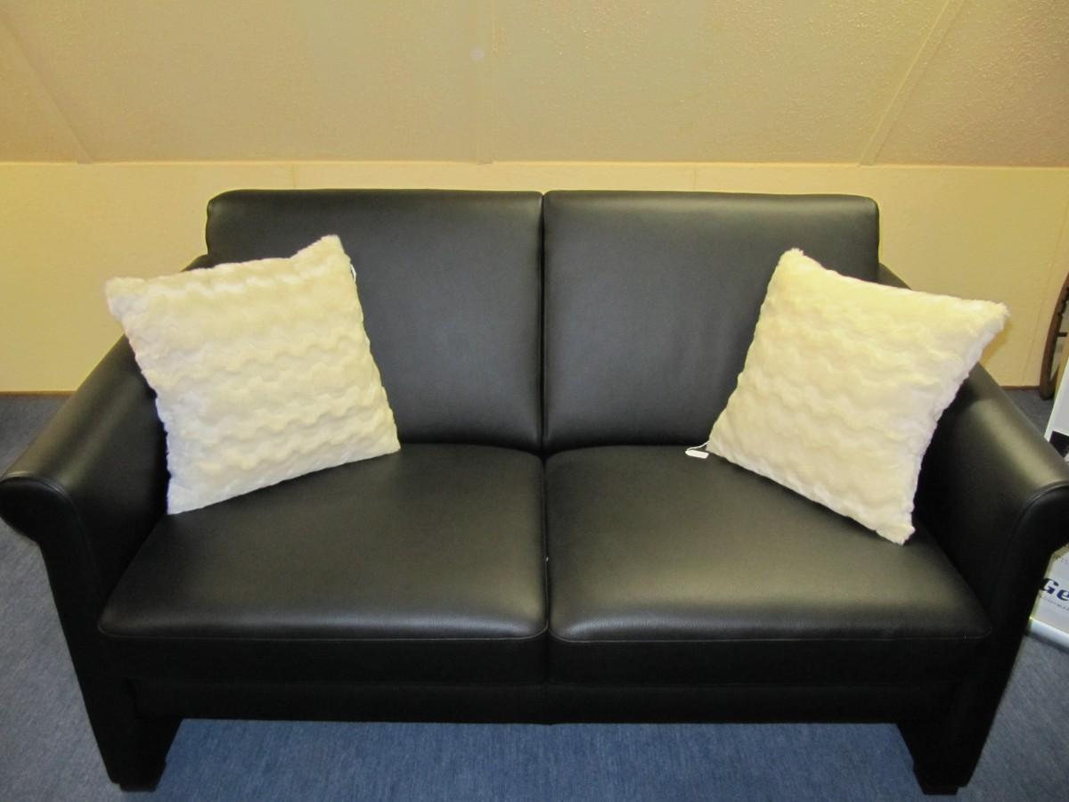 sofa 2 sitzig krooss gesunde wohnkulturkrooss gesunde wohnkultur. Black Bedroom Furniture Sets. Home Design Ideas